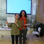Las vacas purpuras con su diploma - Isabel Restaurante Larruzz