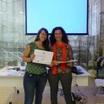 Las vacas purpuras con su diploma - Joana Bilbao BBK Good Hostel